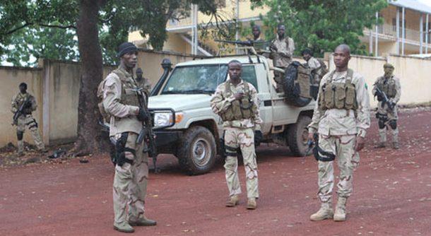 Le président IBK aux mains des militaires mutins de Kati